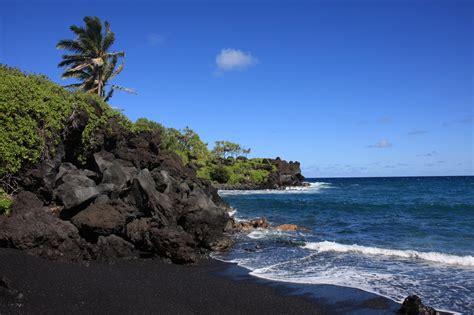 black sand beaches maui sadellite the road to hana maui hawaii
