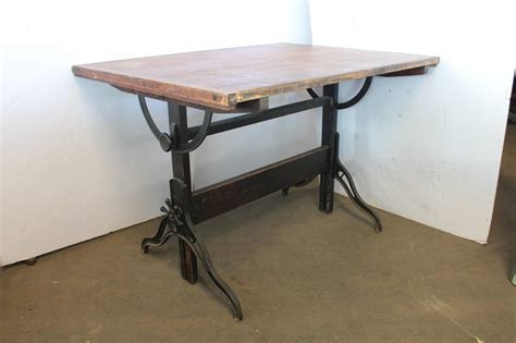 Antique American Drafting Table By Dietzgen At 1stdibs Antique Drafting Tables For Sale