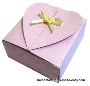 free heart gift box template finished