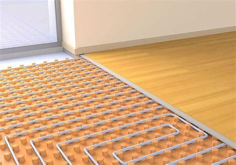 impianti riscaldamento a pavimento costi impianto termico a pavimento come riscaldare casa