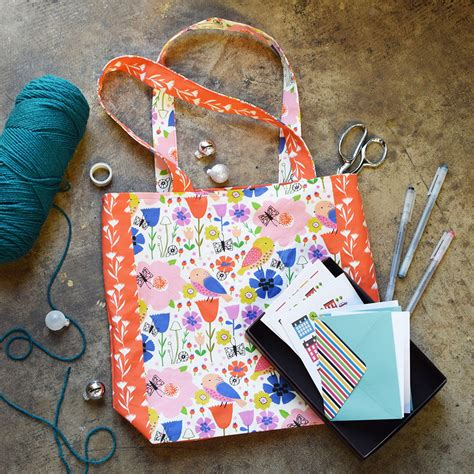 everyday tote bag pattern everyday tote by sprout studio sprout patterns