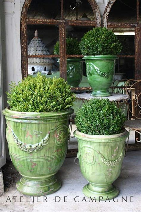 Outdoor Pots And Urns 142 Best Images About Keramik On