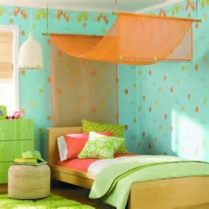 Bed ideas diy girls room summer fun green orange quirky drapes girls