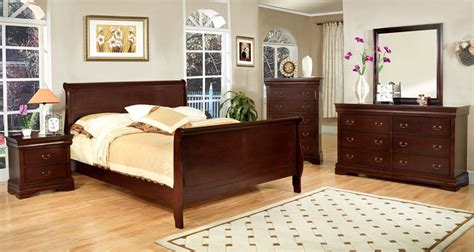 cherry bed frame queen louis phillip iii cherry finish solid sleigh bed frame