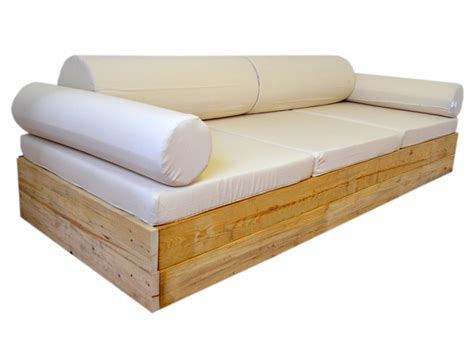 sofas de pino sofa balinesa exterior con madera de pino 106 x 246 cm