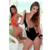 Garota De Praia  Praias Santa Catarina SC Garotas E