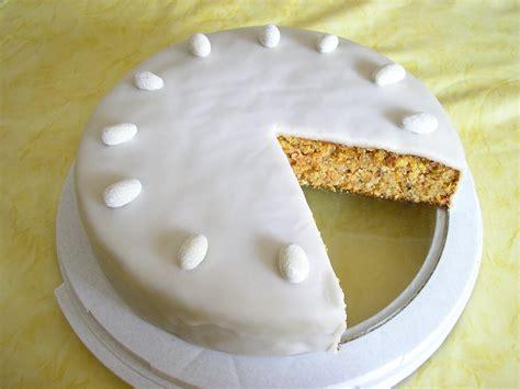 torte kuchen mithis bilderbuch kuchen torte moehren nuss torte