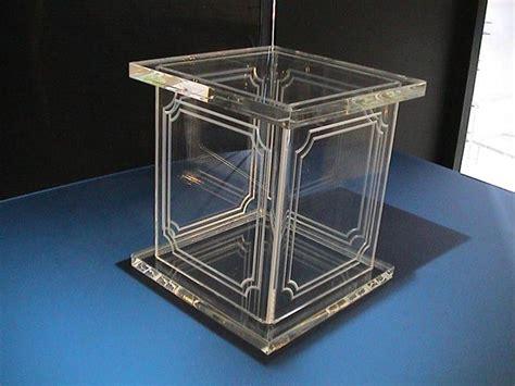 arredamento plexiglass arredamenti in plexiglas e metacrilato oggetti soggetti