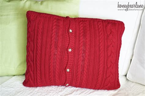 10 minute sweater pillows