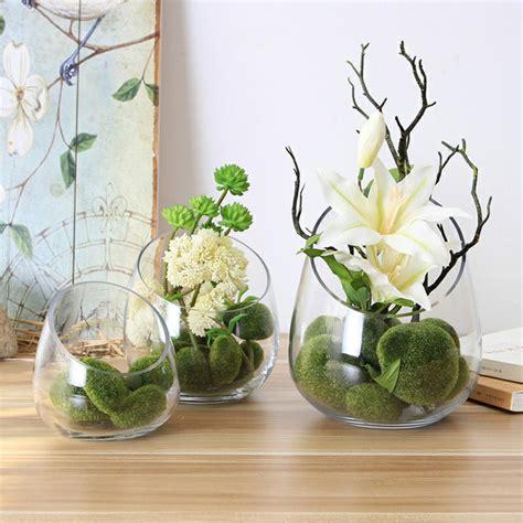 decorar interior mesa cristal decoracion con flores y jarrones en el interior para la