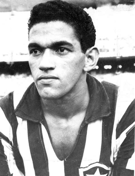 Veja fotos históricas do craque Garrincha - Gazeta Esportiva