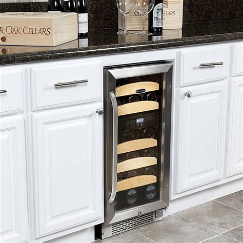 wine cooler cabinet reviews whynter 28 bottle built in wine cooler review