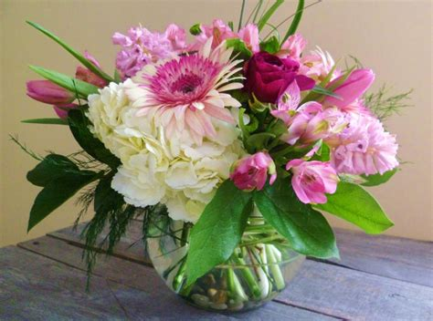 spring flower arrangements florist friday recap 2 16 2 22 spring is coming