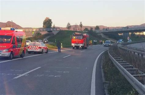 Unfall Motorrad Metzingen unfall bei metzingen 24 j 228 hriger motorradfahrer stirbt