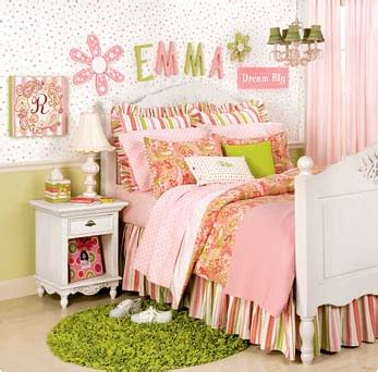 small girls bedroom ideas 30 traditional young girls bedroom ideas room design