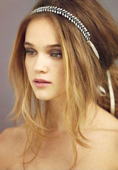 5 Tips For Wearing Headbands This Seasons Accessory by 1000 Ideas About Headband Hair On