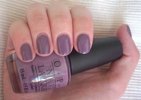 Manicure Opi purple grey through the looking glass