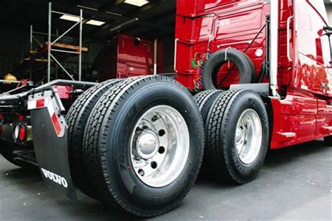 volvo 18 wheeler commercial do you need semi truck tire repair call ntts now and get