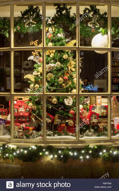 tisanes tea rooms broadway christmas tree shop display