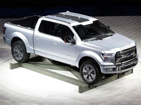 new fords trucks ford drops a new f 150 on detroit