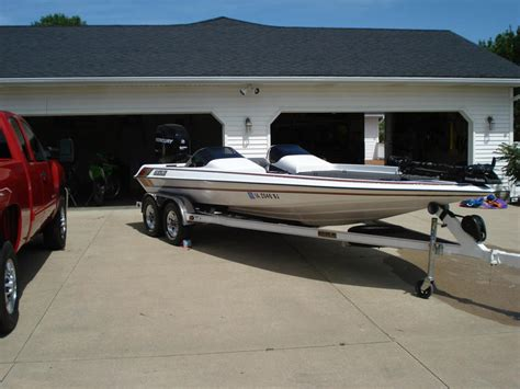 boats in dc craigslist 2009 gambler 2200 dc powerboat for sale in iowa