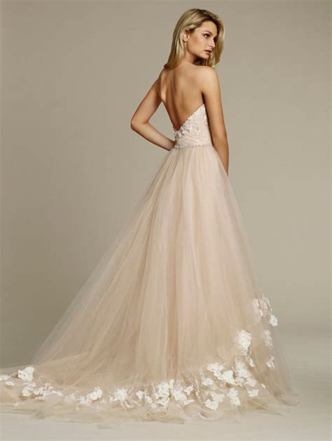Embroidered Wedding Dress 1000 ideas about embroidered wedding dresses on