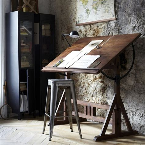 Artist Drafting Table Best 25 Drawing Desk Ideas On Pinterest Drafting Tables Drafting Desk And Drawing Tables