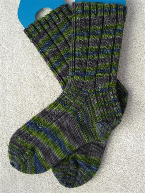 knitted sock patterns easy simple skyp socks by adrienne ku knitting pattern