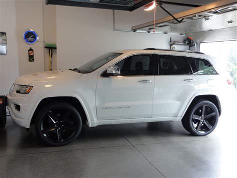 jeep grand cherokee custom jeep grand cherokee custom wheels fr 22x10 0 et tire