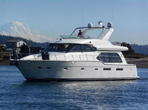send picture of boat and motor used bayliner yachts for sale