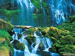 Beautiful Waterfall Desktop