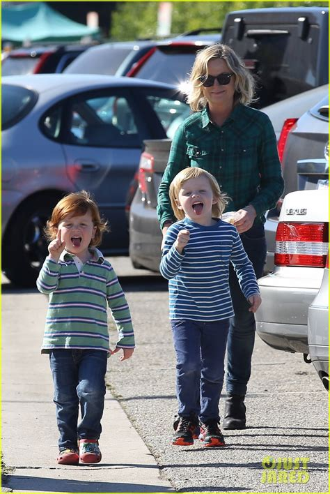 amy poehler sons how to draw amy poehler