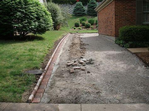 Landscape Edging By Sidewalks Best 25 Sidewalk Edging Ideas On Rock Edging