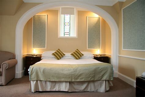 a room bedrooms family rooms four poster rooms craigmonie hotel inverness highland hotel