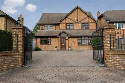 5 bedroom detached house for sale in london 5 bedroom detached house for sale in copse hill sw20 london