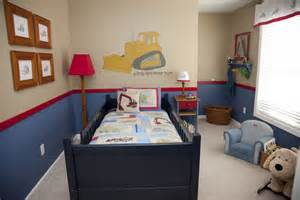 down to earth style boys room before