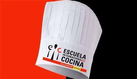 cursos de cocina en valladolid la escuela de cocina de valladolid recibe colecci 243 n de 800