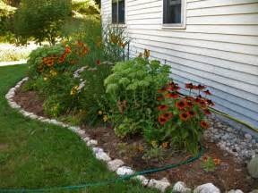 Small Easy Garden Ideas Landscaping Ideas With Rock Edging Landscaping Ideas Edging Landscaping Ideas Ebarah