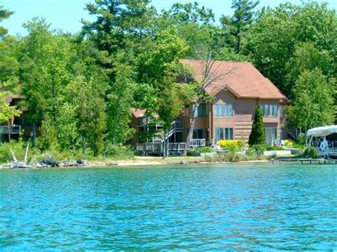 lake michigan beach house rentals vacation condo rental on elk lake near elk rapids michigan with many family