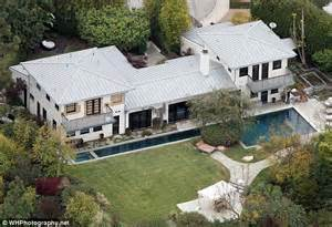 what house does curtis live in curtis stone net worth salary house car wife family