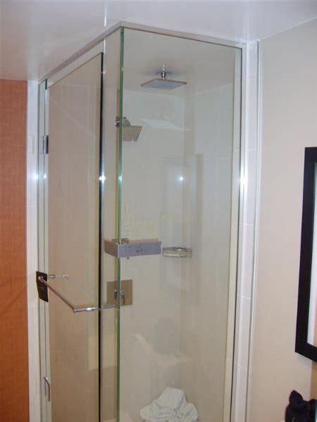 Glass Shower Doors San Diego Custom Glass Shower And Bath Tub Enclosures San Diego
