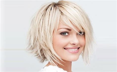 medium feathered bob bob hairstyle with feathered sides short hairstyle 2013