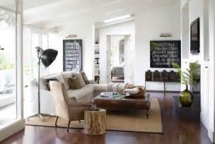 vintage livingroom modern interior design with vintage furniture and decor