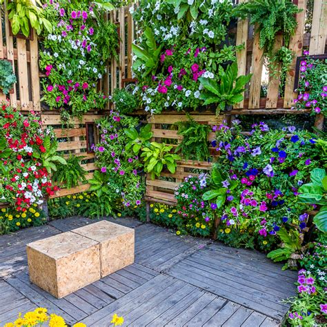 creative diy vertical garden ideas  small gardens