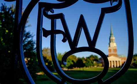 Forest Part Time Mba Tuition by Wfu And Business Schools Highly Ranked By U S News