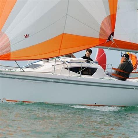 sportieve kajuitzeilboot maxus 24 kajuit zeilboot grou botentehuur nl