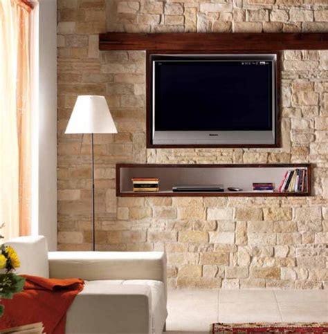 pareti soggiorno in pietra parete in finta pietra come realizzarla e quanto costa