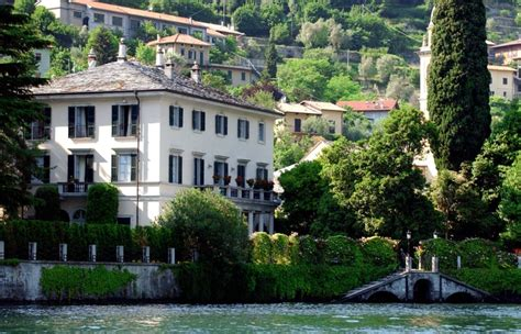 george clooney house george and amal clooney can t stop fighting over his lake como house closer weekly
