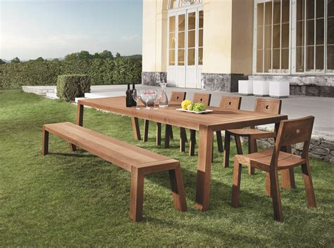 Modern Patio Table Encompass Furniture New Products 2010 Modern Garden Poolside Furniture