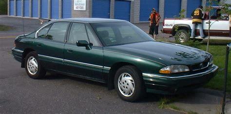 Pontiac Bonneville 1992 by 1992 Pontiac Bonneville Image 9